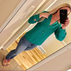 The Limited long sleeve blouse in green